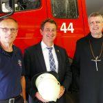 Abt Winfried zu Besuch bei der Feuerwehr Lorsch
